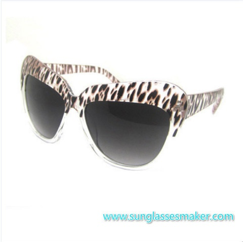 2013 New Design Fashion Plastic Sunglasses with UV Protection